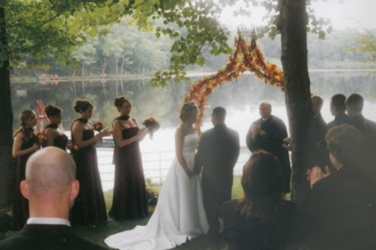 Outdoor wedding at Lyons Lake