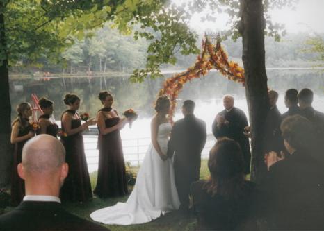 Outdoor wedding at Lyons Lake
